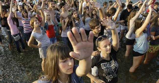 Organizers: Bosnians break record in aqua aerobics