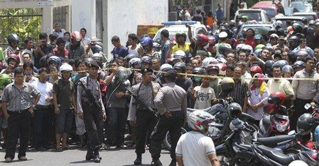 Indonesia police identify suspected church bomber