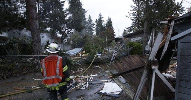 2 injured in natural gas explosion in Seattle
