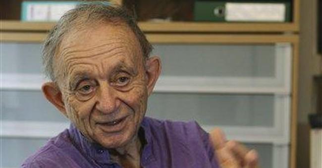 'Crazy Horse' film goes backstage at Paris cabaret