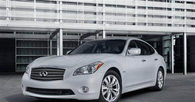 Infiniti adds first gas-electric hybrid