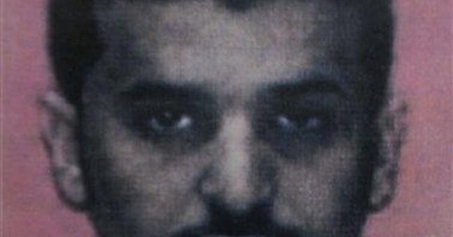 Yemeni official: Al-Qaida bomb maker not killed
