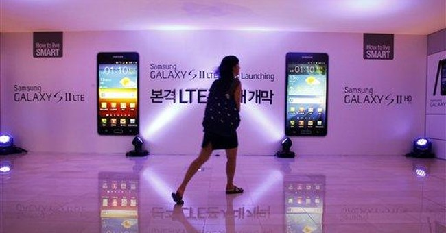 Samsung grows ever bigger, but icon status elusive