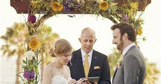 Social media, mobile tech on the rise for weddings