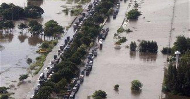 Thai prime minister warns floods threaten Bangkok