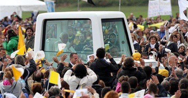 "Pope denounces ""inhuman"" mafia in southern Italy"