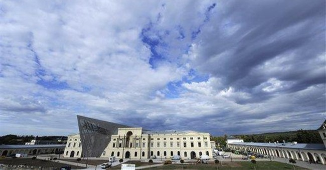 Dresden military museum redesigned by Libeskind