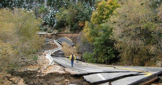 Landslide buries Utah road under 100 feet of dirt