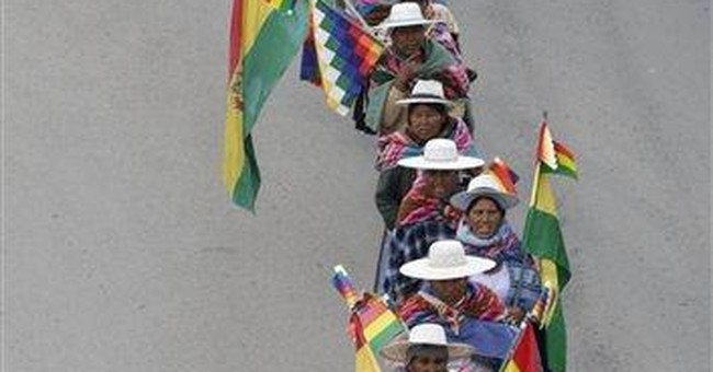Thousands of Bolivians march in support of Morales