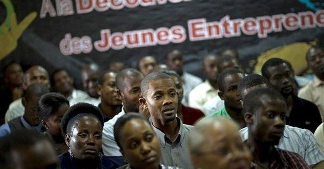 Muhammad Yunus talks 'social business' in Haiti