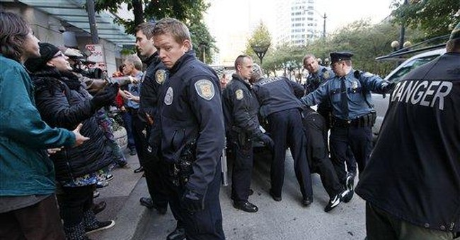Police arrest 10 Occupy Seattle protesters