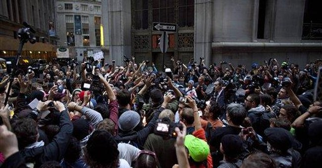 Wall Street protests present political dilemma