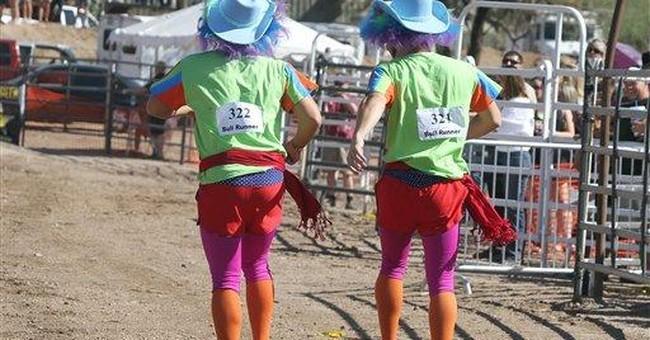 Thrill-seekers run with the bulls in Arizona town