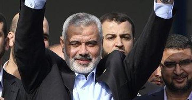 Thousands celebrate freed Palestinian prisoners