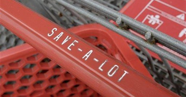 Supervalu returns to profit in 2Q, lowers outlook