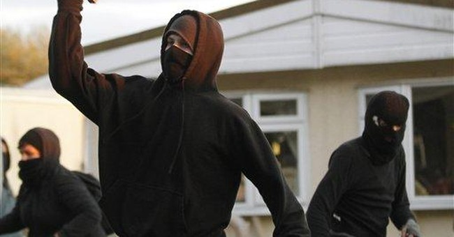 UK police dismantle Irish Travelers camp