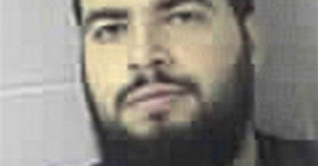 Mass. man goes to trial on US terror charges