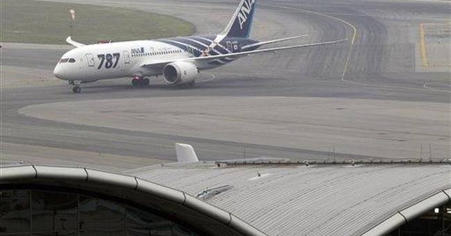 Boeing 787's inaugural flight lands in Hong Kong