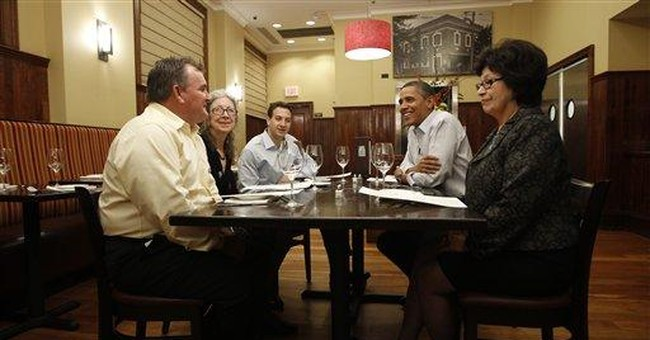Obama has dinner with 4 campaign donors