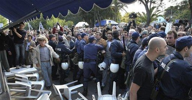 Greek protesters force cancellation of parade