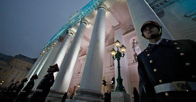 Russia's Bolshoi reopens after reconstruction