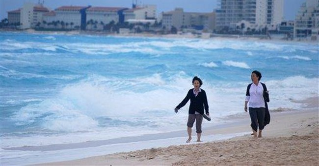 Rina weakens to tropical depression off Yucatan