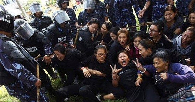 More than 100 Tibetan protesters detained in Nepal