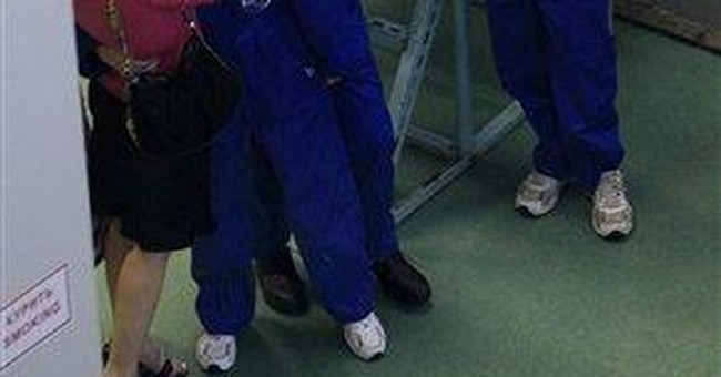 Isolated crew completes 520-day mock Mars mission