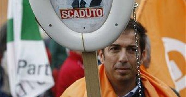 Thousands demonstrate against Berlusconi