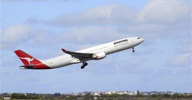 Labor negotiations resume in Qantas dispute