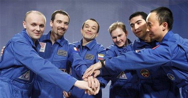 Crew of mock Mars mission appear healthy, joyful