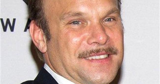 Norbert Leo Butz to star in Pulitzer-winning play