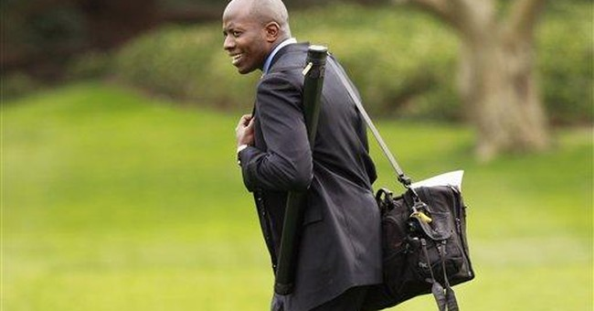 AP Source: Obama's personal assistant leaving job