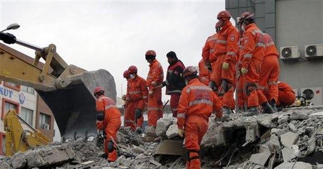 Turkish PM visits quake zone in eastern Turkey