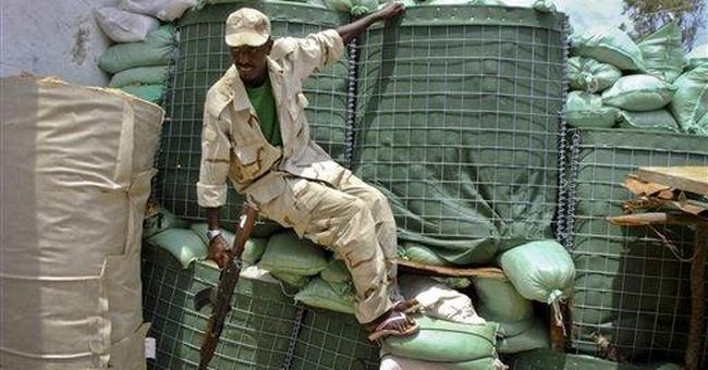 Blast at Kenya refugee camp;Somali child deaths up