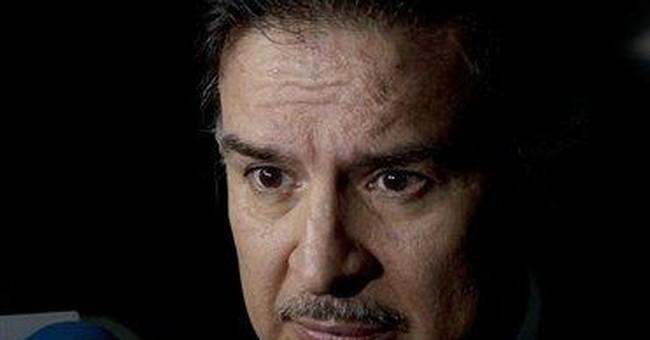 Guatemala leader authorizes extradition of ex-pres