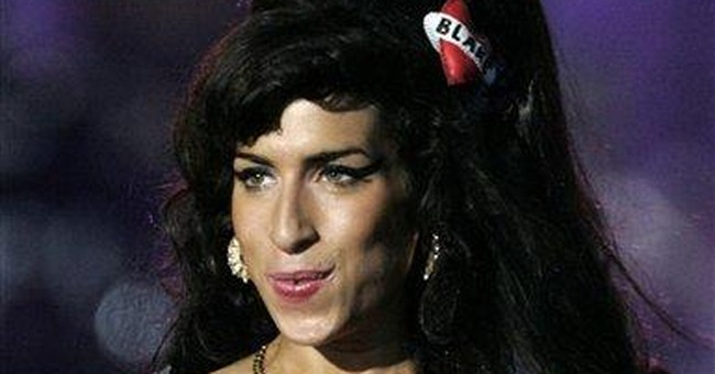 Winehouse wrote full 3rd CD, planned supergroup