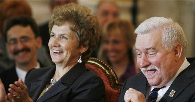 Walesa's wife unveils price of Solidarity glory