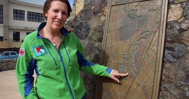 Woman to begin Antarctic crossing, awaits weather