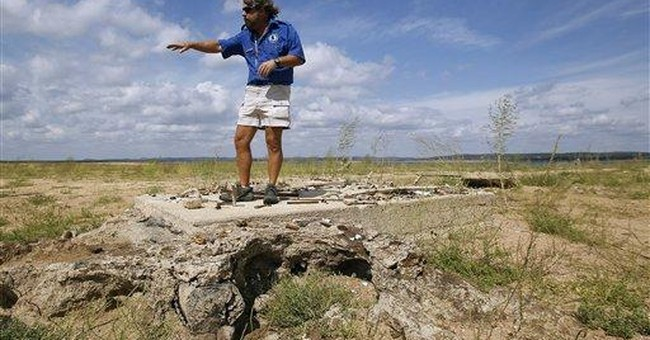 Depleted Texas lakes expose ghost towns, graves