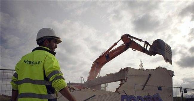 Spain borrowing costs soar in debt sale