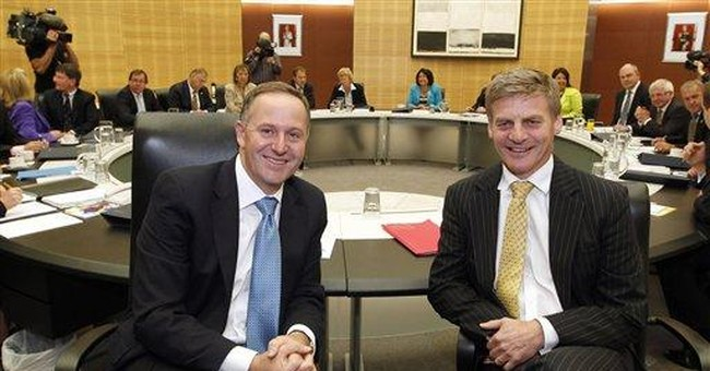 New Zealand PM negotiates to form new government