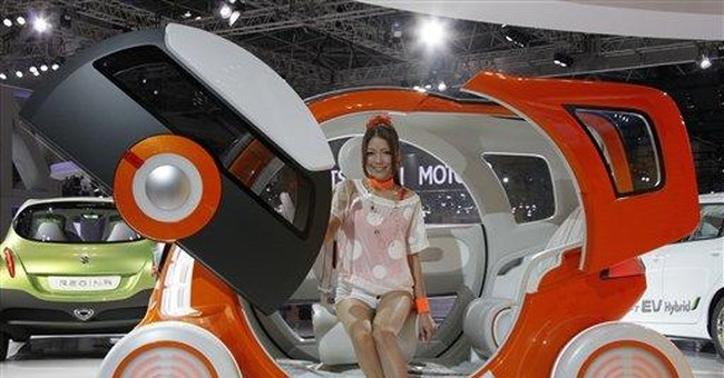 Green cars in spotlight at waning Japan auto show