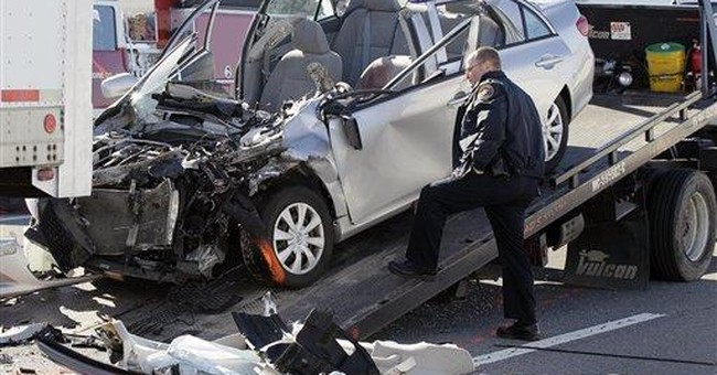 1 dead in foggy 50-car pileup near Nashville