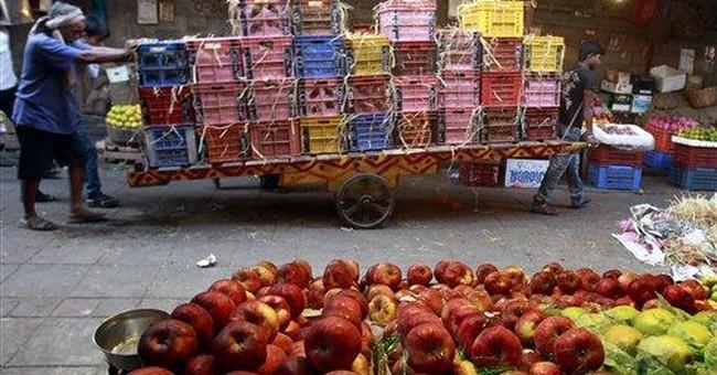 India's retailers, farmers face uncertain future