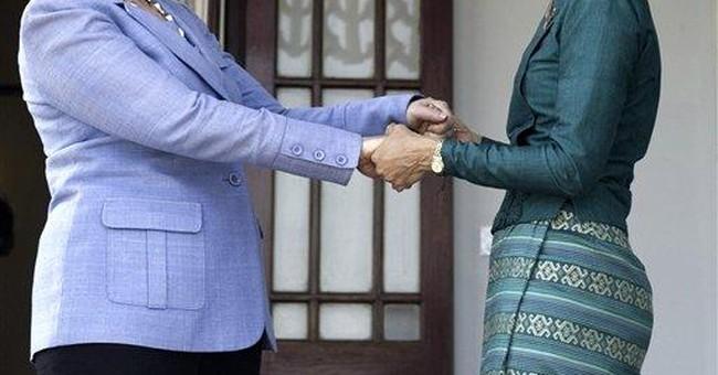 Clinton bids for a new era of democracy in Burma