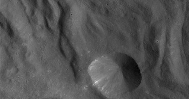 New views of giant asteroid Vesta revealed