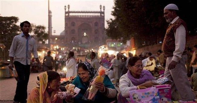 India backtracks on plan to let in foreign retail