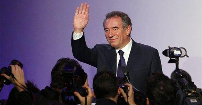 French centrist announces presidential candidacy