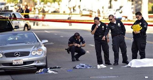 Police shoot gunman as he stalks Hollywood streets